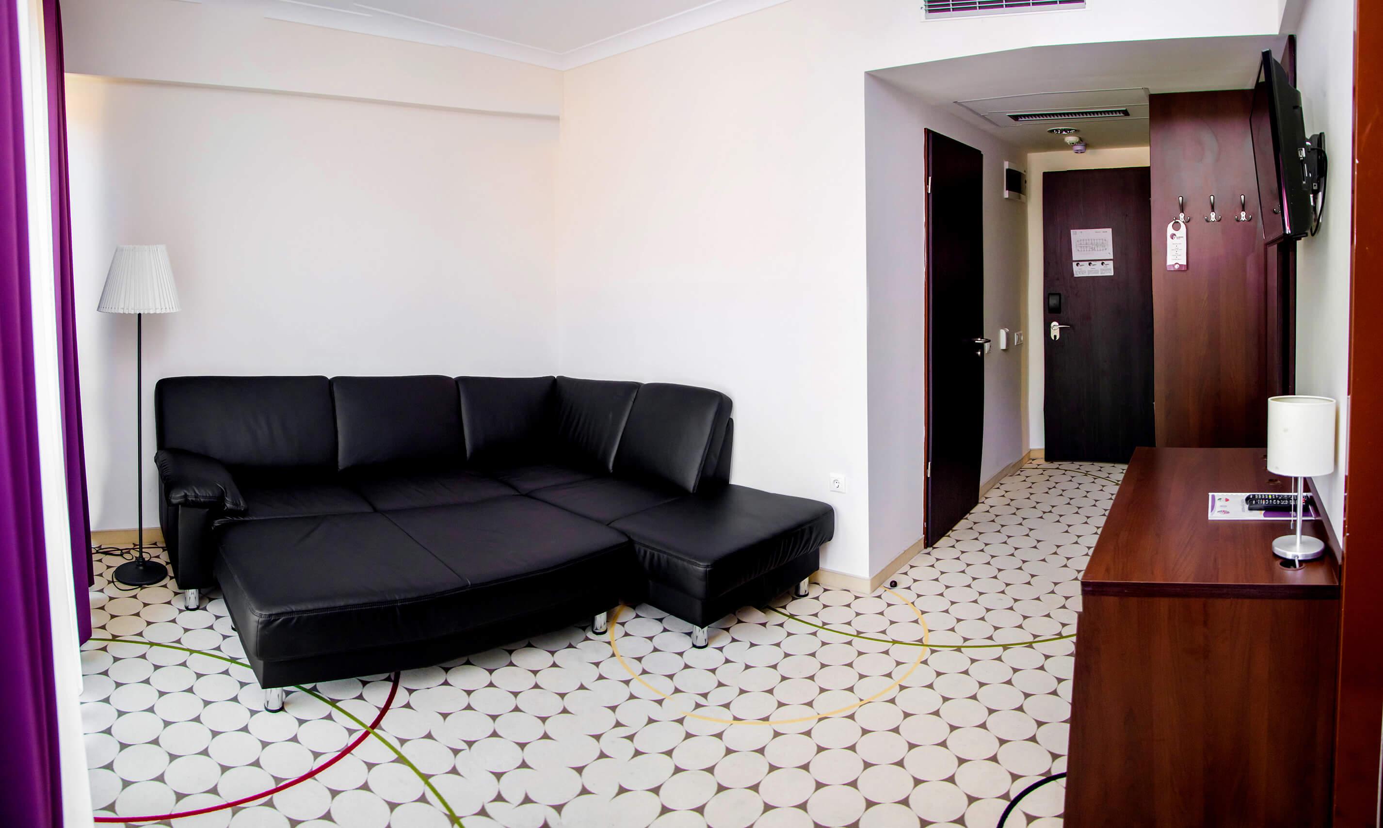 hotel-aurora-szobak11.jpg