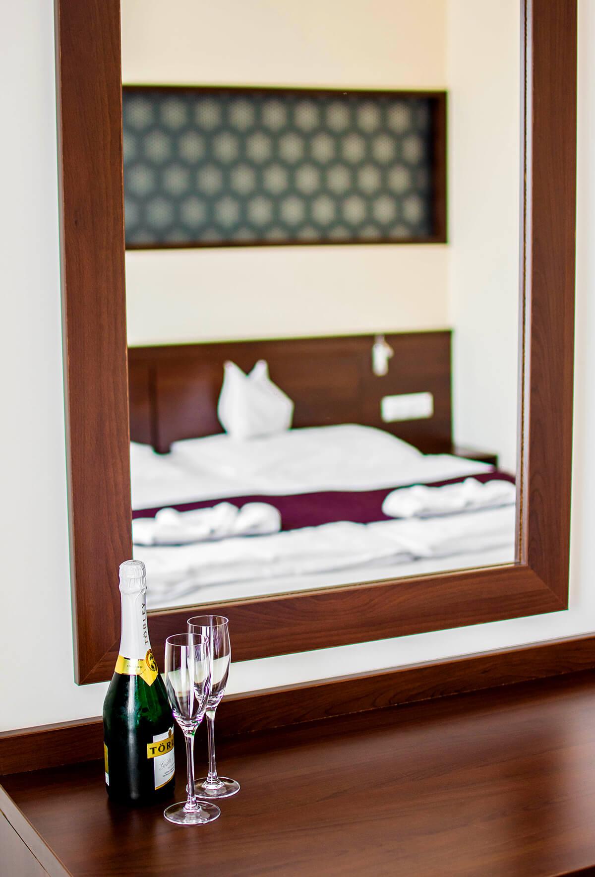 hotel-aurora-szobak2.jpg