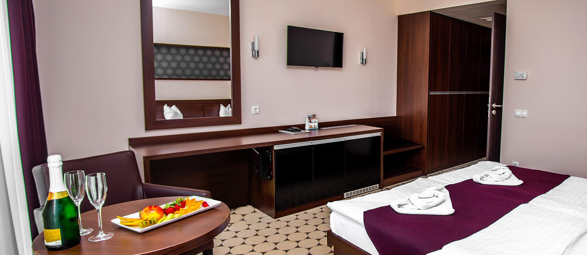 hotel-aurora-szobak6.jpg